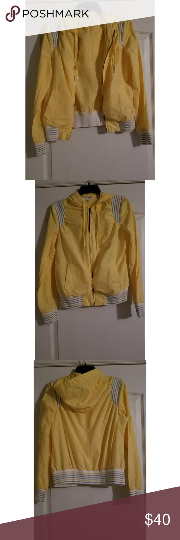 Beautiful Tommy Hilfiger Yellow Jacket Size XL Tommy
