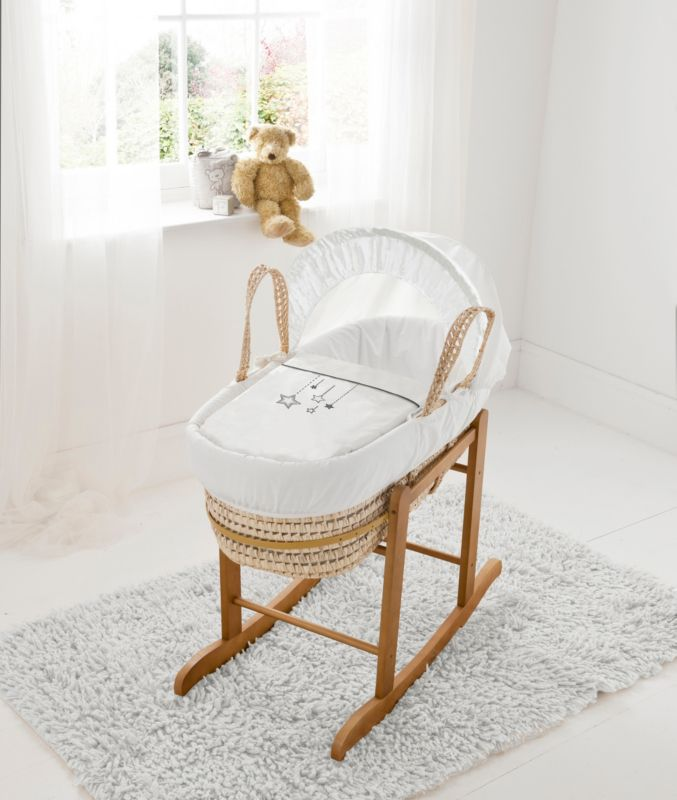 Mammas And Papas Moses Basket With Stand New Born Modern And Elegant In Fashion Baby Nursery Furniture
