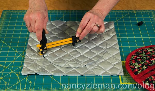 Sew a Pot Holder in 60 Minutes | Nancy zieman, Potholders and Blog : quilted potholders tutorials - Adamdwight.com