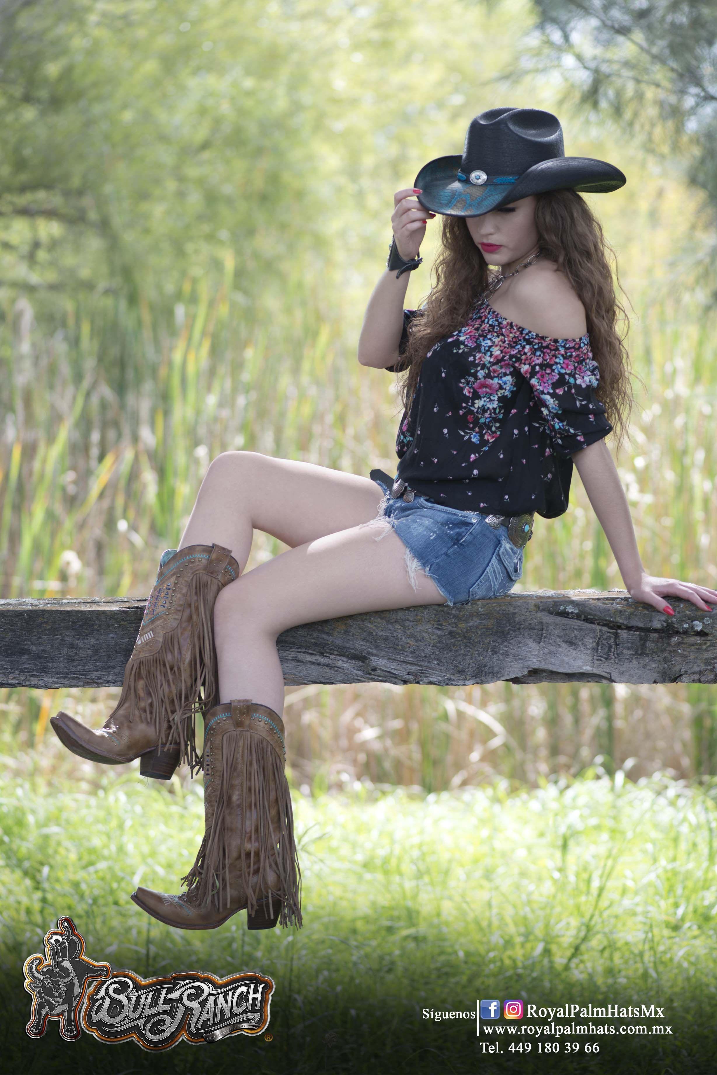 Vaquera Sombrero Rodeo Rancho Charros Jaripeo Charreada Carreras