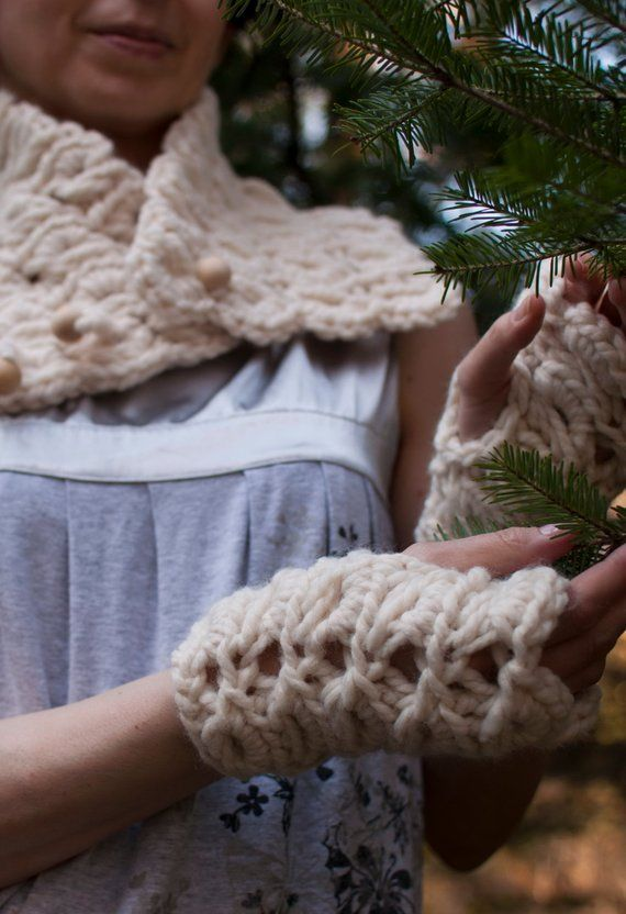 7618e72d667 Hand Knit Chunky Lace Fingerless Gloves Knitted Textured Wrist Warmers  Winter Christmas Xmas Fashion