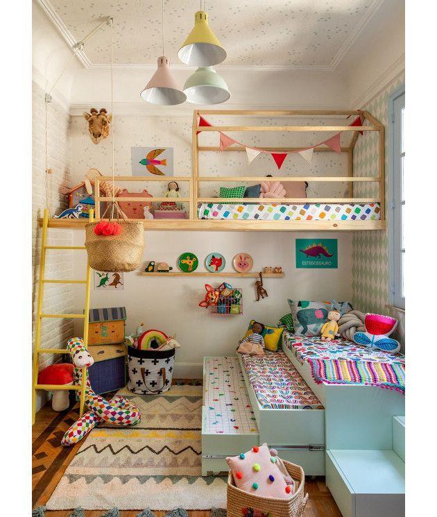 Photo of cousins' room – single