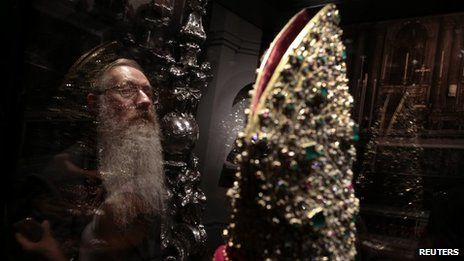 The Mitre of San Gennaro is one of the highlights of the exhibition