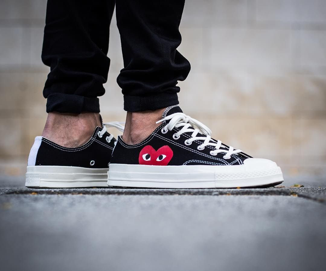 1d0617662aad Play CDG x Converse Chuck Taylor All Star Low