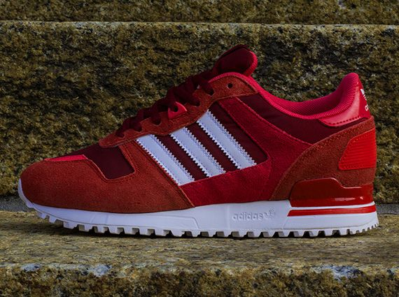 adidas originali zx 700 luce rosa scarlatta sneakernews blaze