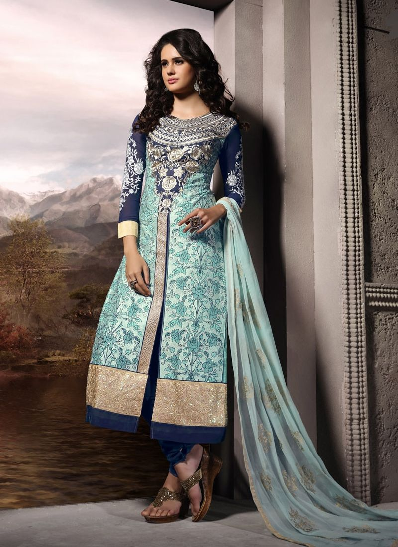Make the heads turn as soon as you dress up with this blue georgette ...