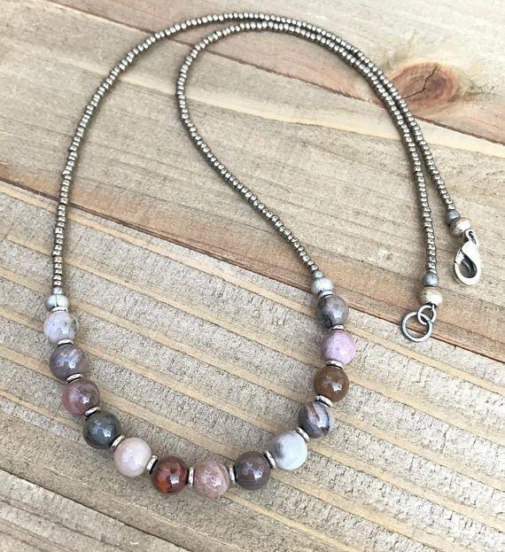 Photo of Petrificada madera collar collar Boho, madera petrificada de la joyería, collar de minimalista, joyería moldeada, joyería de Boho