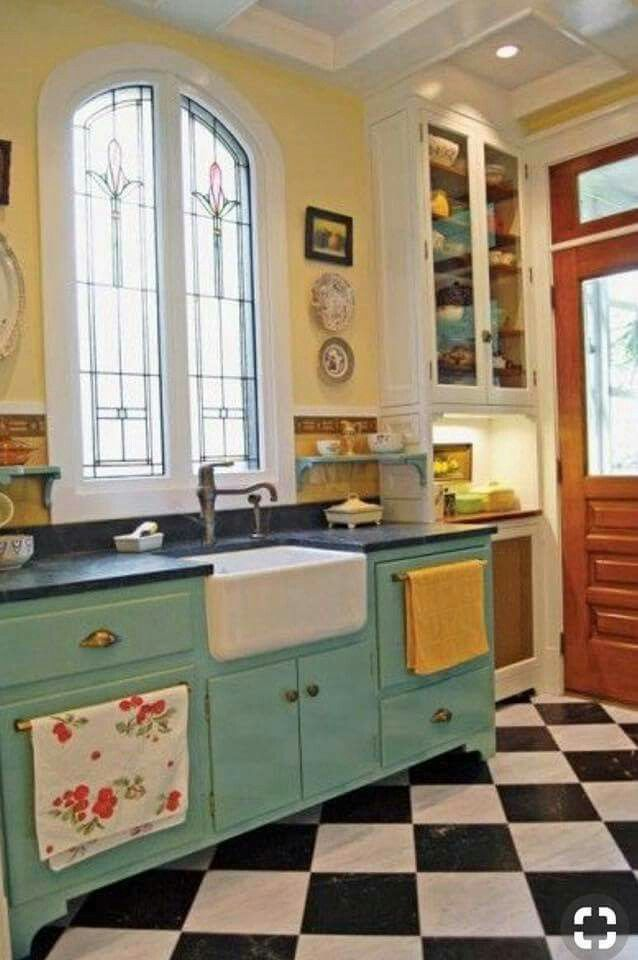 Pin by Casey Elliott on My kitchen   Pinterest   Kitchens, House and ...