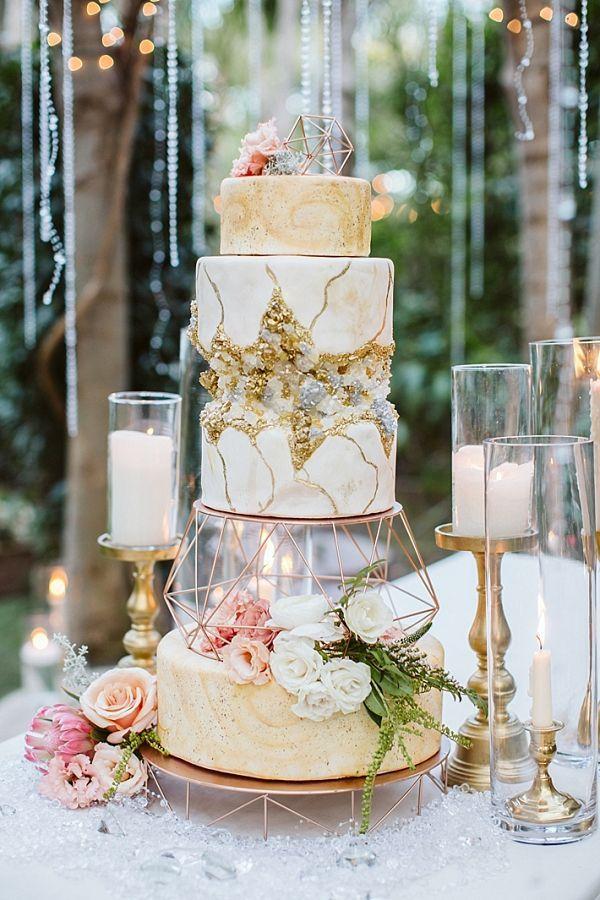 Sternenklare Träume gestylt schießen   – Interesting Wedding Ideas From Aisle Society