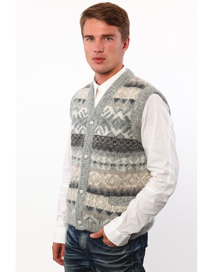 Men's Buttoned V-neck vest. 100 % Icelandic wool. Made in Canada ...