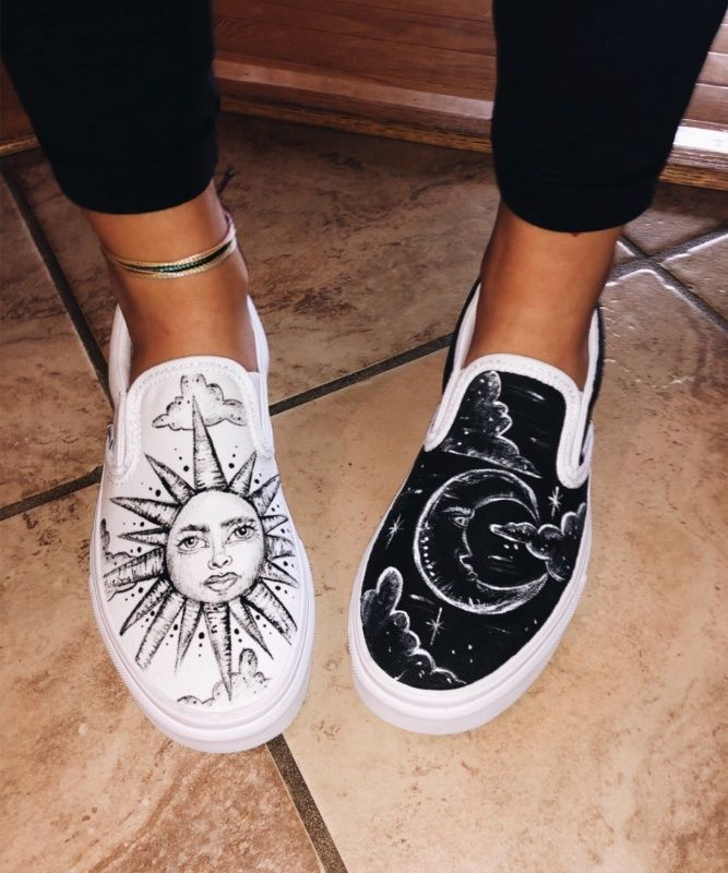 Hey Beautiful Follow Maya For More Painted Shoes Painted Shoes Women Nike H In 2020 Vans Shoes Fashion Custom Shoes Diy Painted Shoes Diy