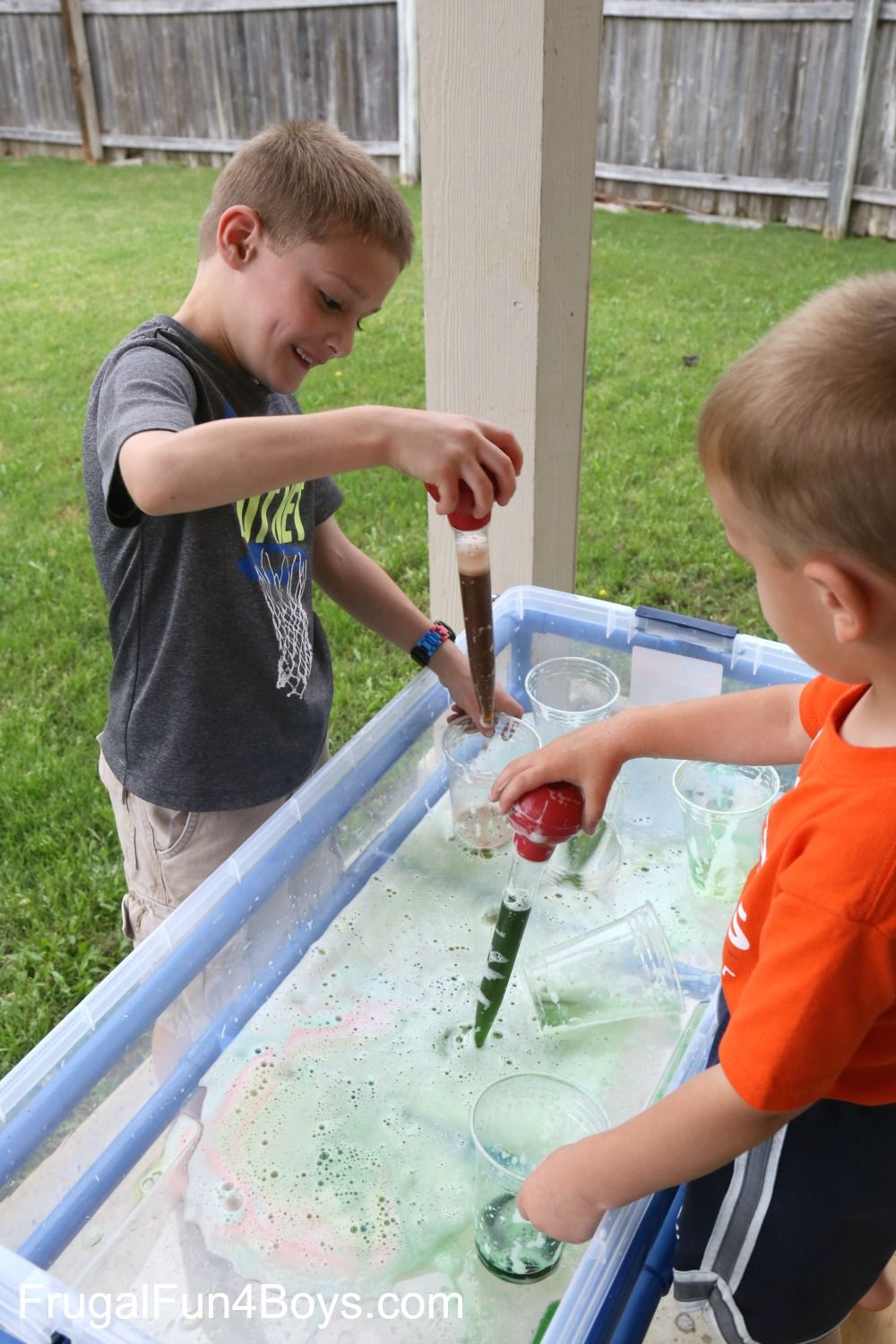 Awesome Water Table Play Ideas Sensory activities