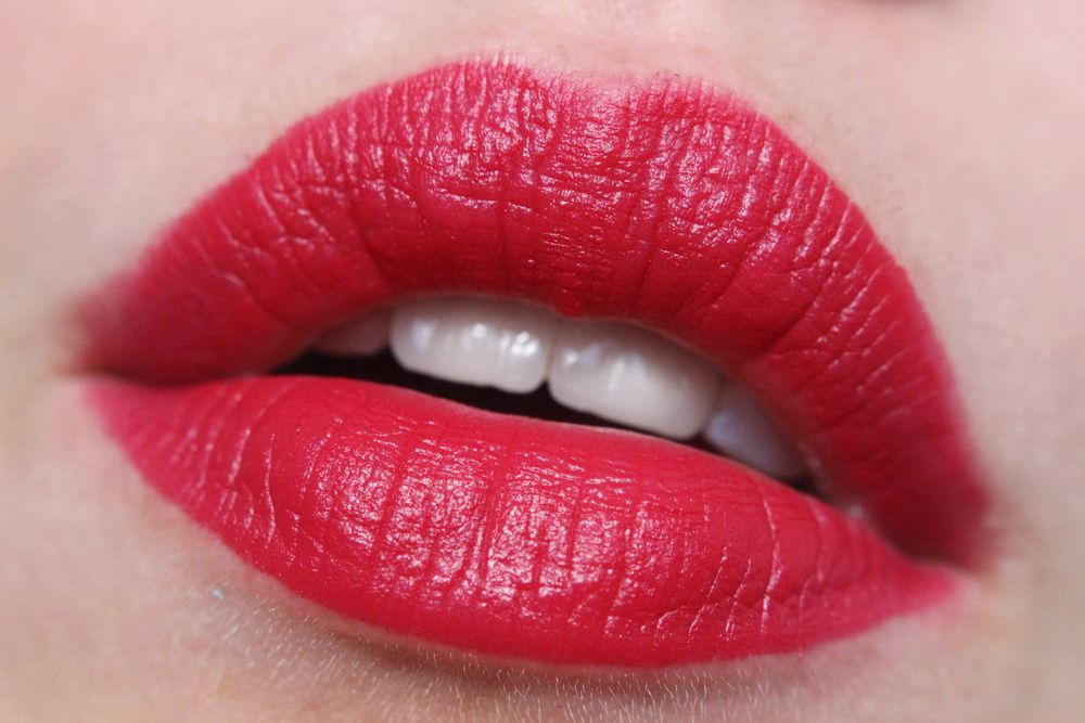 Catrice Matte Lip Artist HibisKiss-Proof