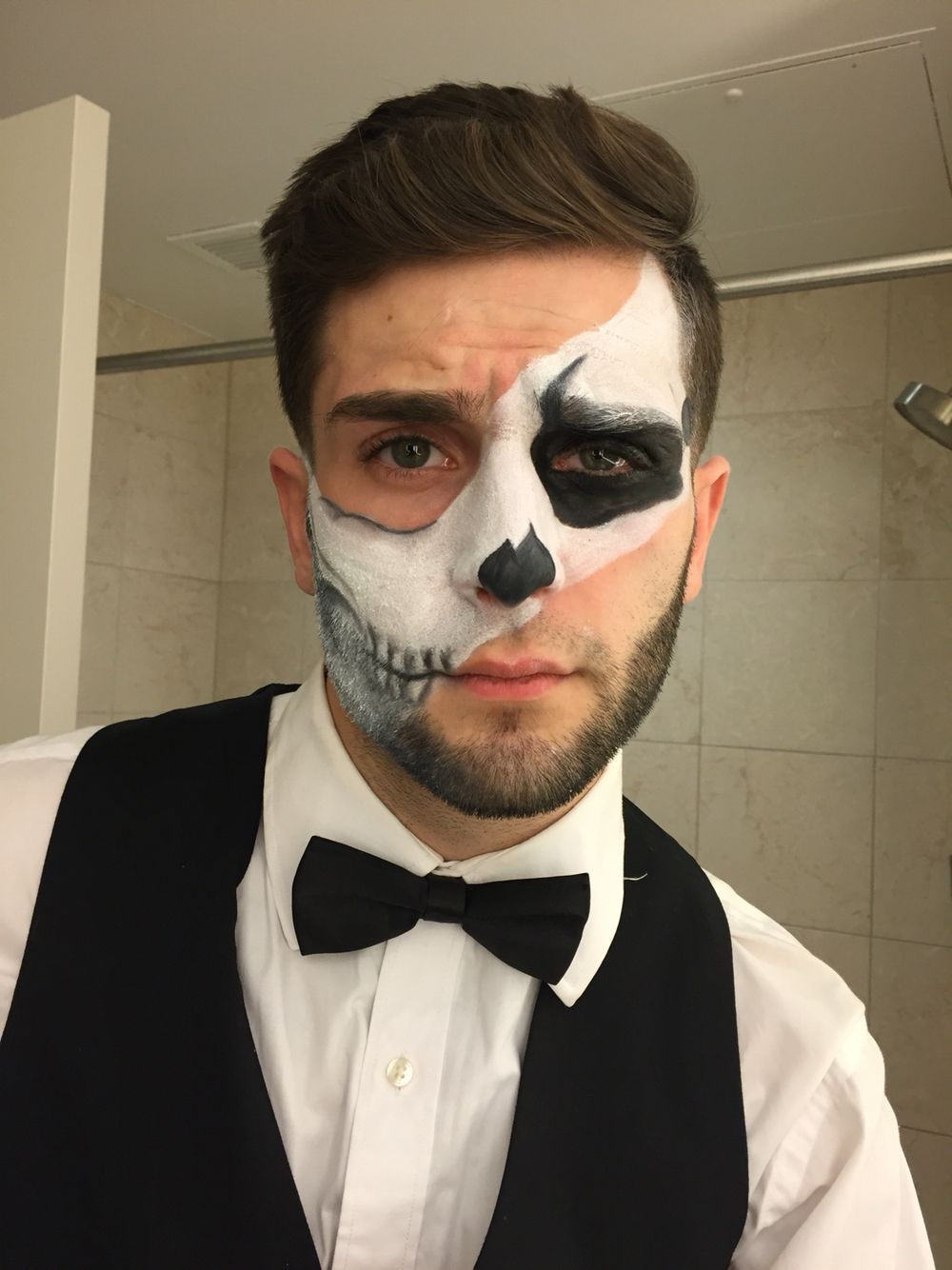Men's Skeleton Makeup Cool halloween makeup, Mens