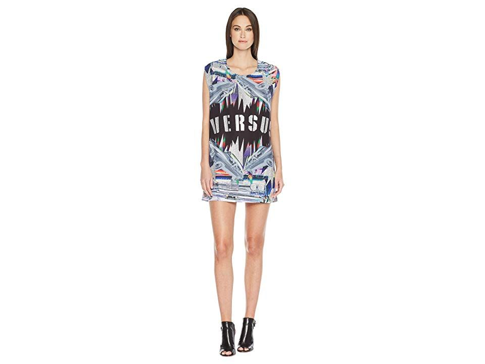 Versus Versace T-Shirt Donna (Black Stampa) Women s T Shirt. Be the star of  your own show wearing the Versus Versace T-Shirt Donna. Shift silhouette. c693e08ce23