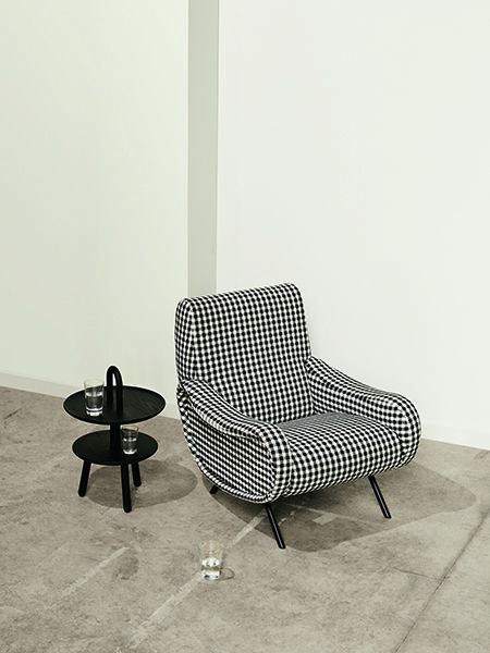 le bon march rive gauche est d corateur d int rieur il pr conise des associations de produits. Black Bedroom Furniture Sets. Home Design Ideas