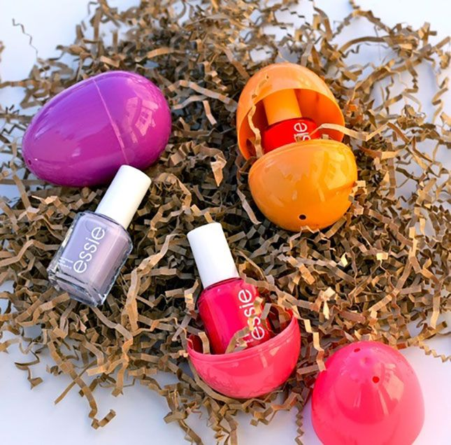 Nail polish prizes so in easter from brit co pinterest plastic easter eggs with matching nail polish inside my kind of easter egg use mini nail polishes negle Images