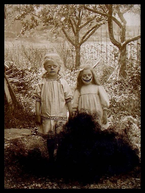 Creepy kids Vintage Halloween