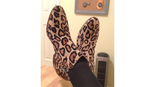 How to Stretch Out Tight Shoes (3 Easy Ways!) · One Good
