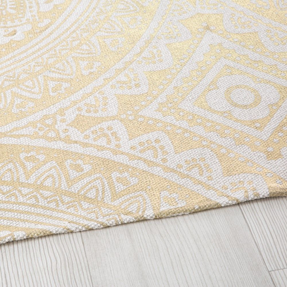 Cotton Rug with Golden Graphic Motifs 140x200 en 2019 | Rugs | Tapis ...
