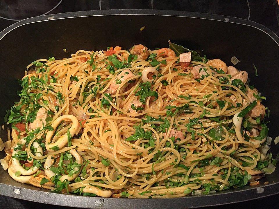 Spaghetti Frutti di Mare, ein tolles Rezept aus der Kategorie Krustentier & Muscheln. Bewertungen: 95. Durchschnitt: Ø 4,3.