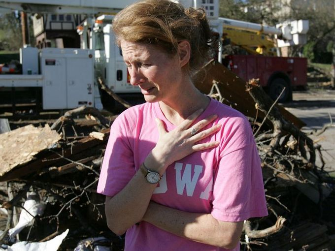 A Look Back At The 2006 Iowa City Tornado In Photos With Images
