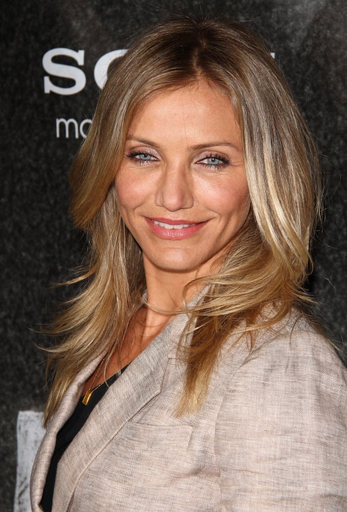 Dark Roots With Blonde Almost An Ombre Effect Cameron Diaz