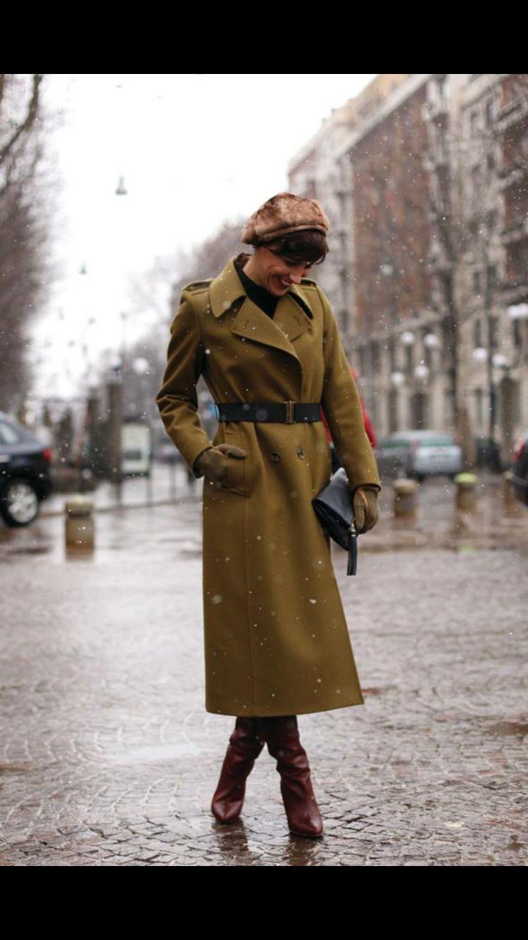 Ceylan Atinc / Milan Fashion Week / snow / Martin Margiela boots / Dries van Noten coat