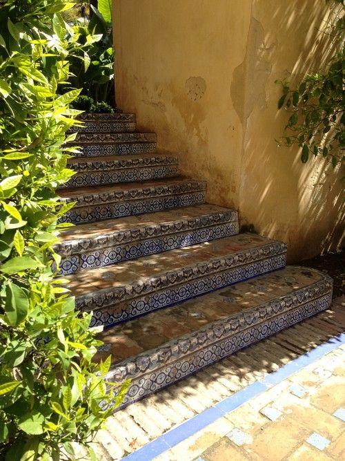 Alcazar De Sevilla Seville Palais Jardin Spain Escalier Mosaique Azulejos Carrelage Escalier Exterieur Escalier Exterieur Carrelage Exterieur