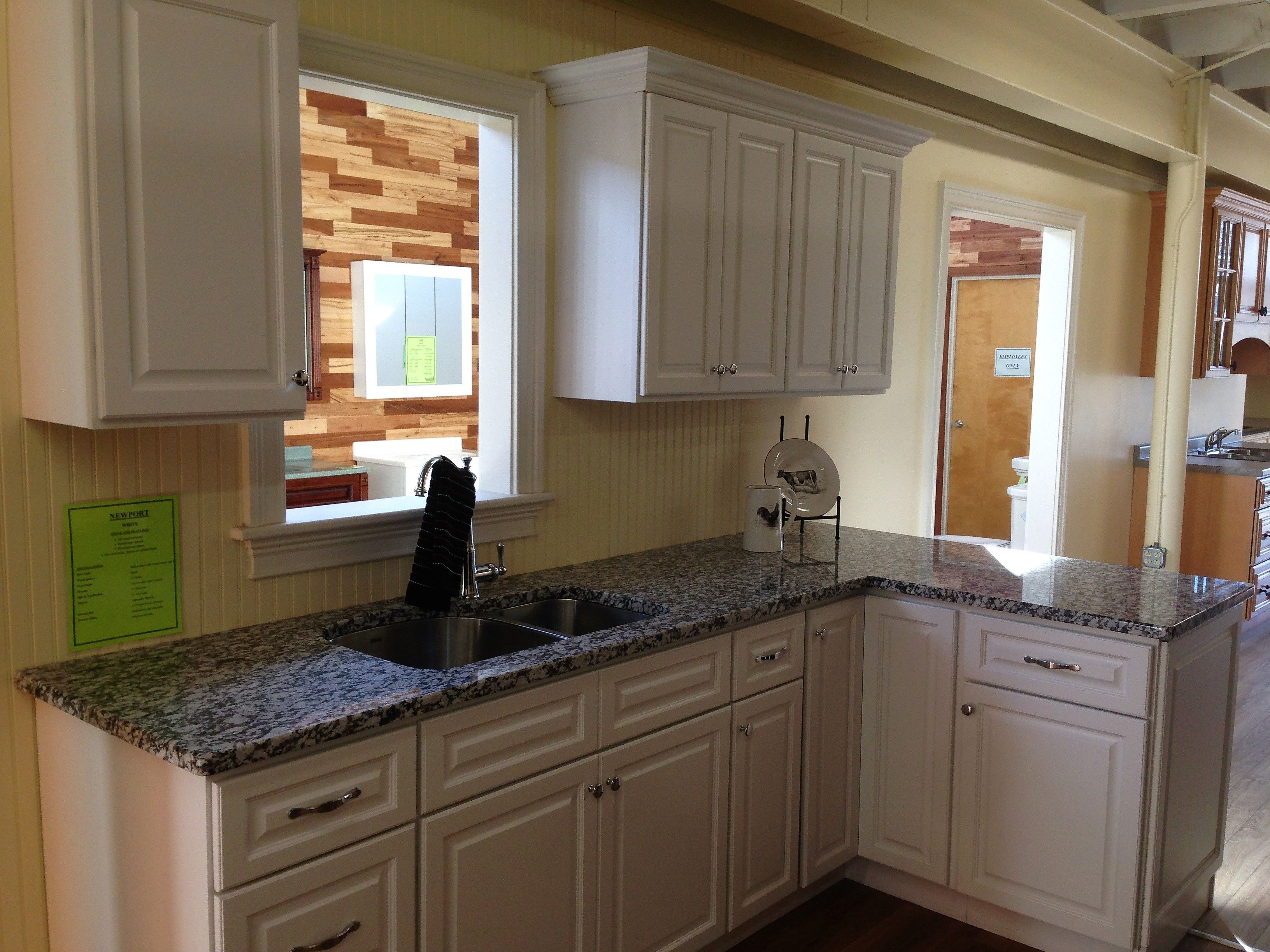 """Gran Perla Granite"" 