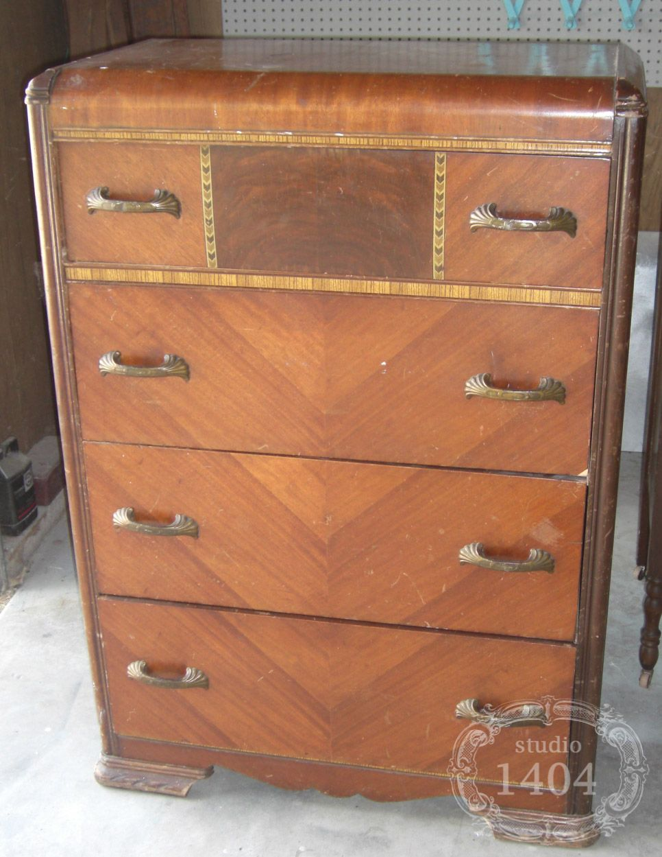 Vintage furniture - I've Got Two Of These. I Want Them Refurbished. Furniture