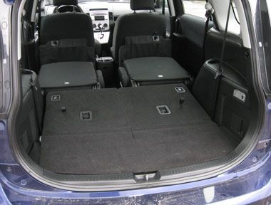 2006 Mazda 5 Second And Third Row Seats Folded Down