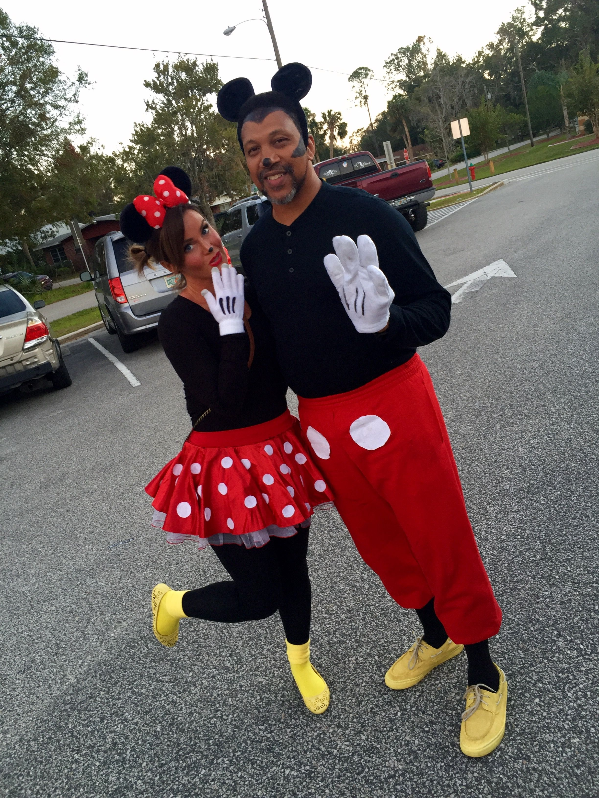 DIY Mickey and Minnie Mouse Halloween costumes