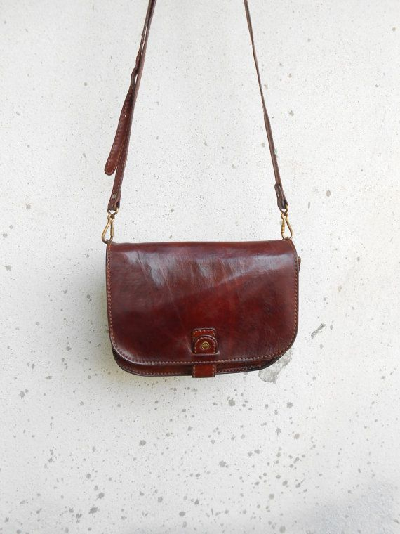 Authentic The Bridge Vintage Black Leather Small Messenger Crossbody Purse