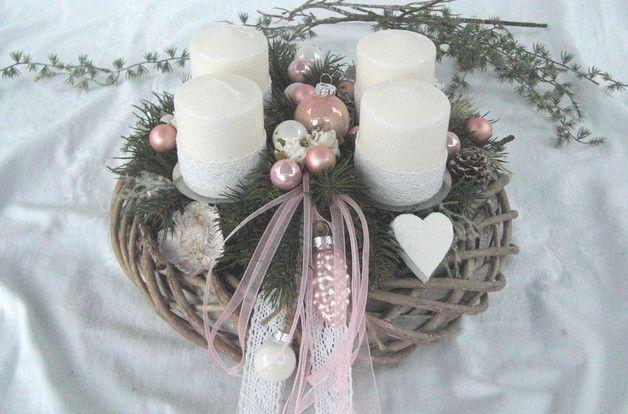 adventskranz in rosa wei shabby look ein grau. Black Bedroom Furniture Sets. Home Design Ideas