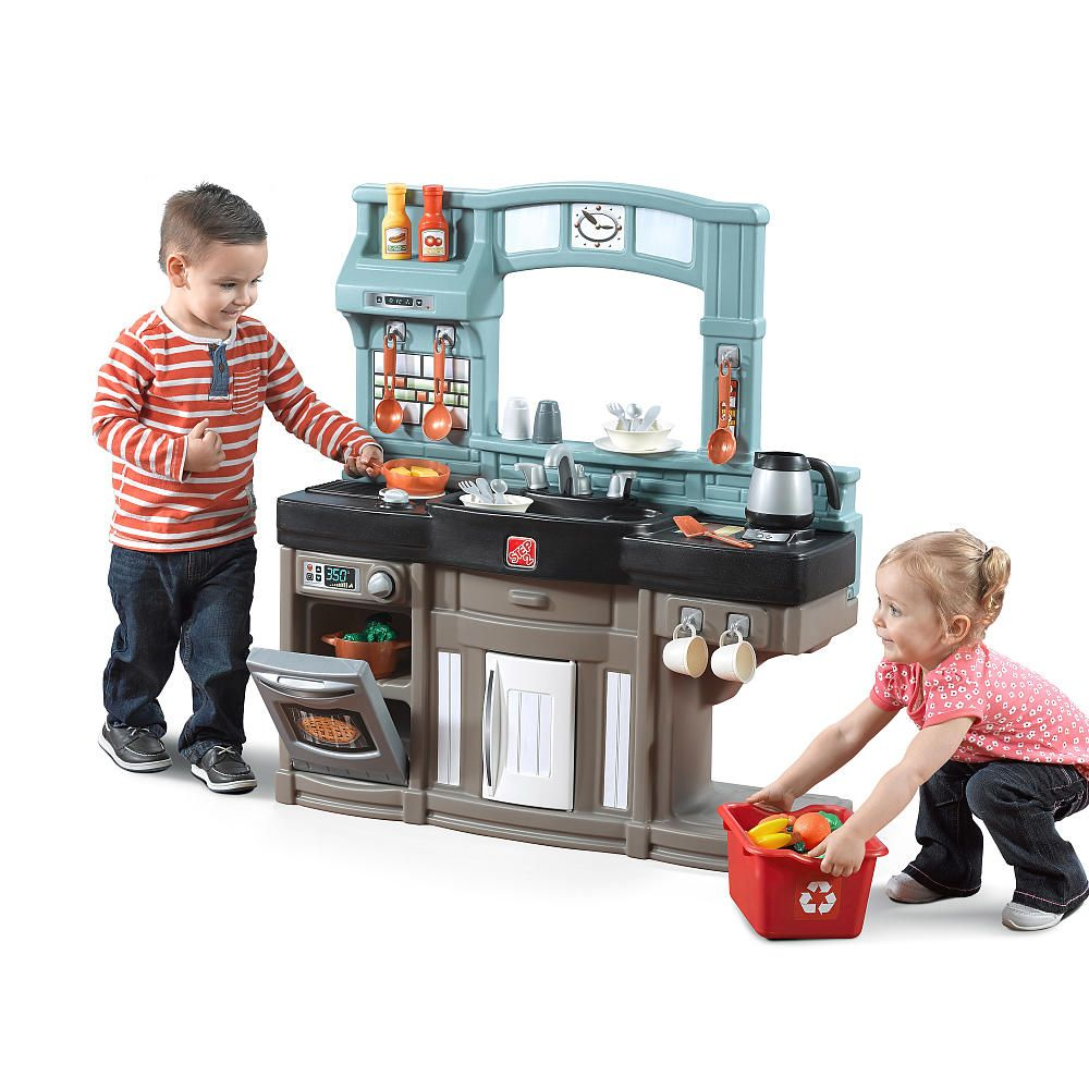 Whip up some fun with the Best Chef's Kitchen by Step2