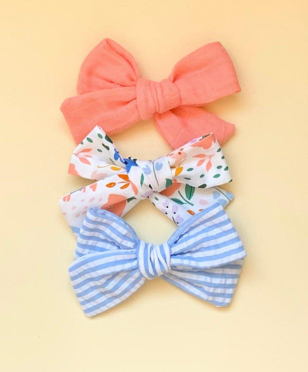 Girls Blue Hair Clip Summer Hair Clip for Toddlers Blue Seersucker Hair Bow for Girls Fabric Seersucker Hair Clip School Girl Hair Bow