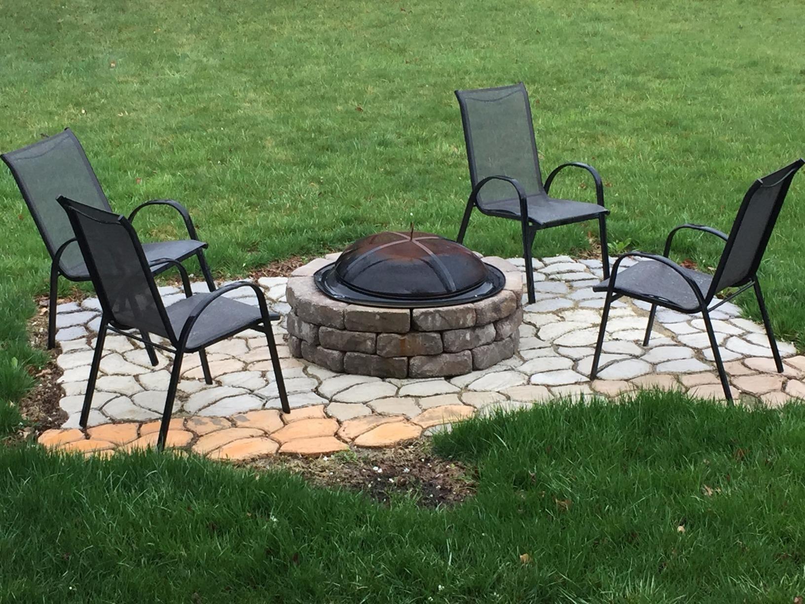 Amazon.com : Scepter 04241 Pathmate Random Stone Mold : Outdoor ...