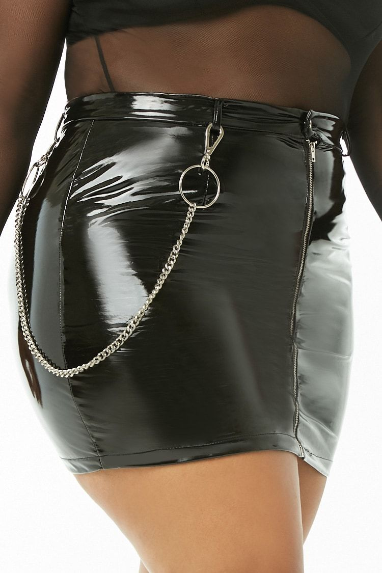 e6e1be1e43b Plus Size Wallet Chain Mini Skirt