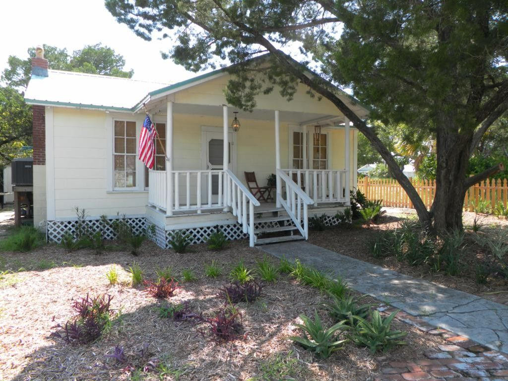 Wondrous Cedar Key Vacation Rental Vrbo 419191 2 Br Florida North Complete Home Design Collection Papxelindsey Bellcom
