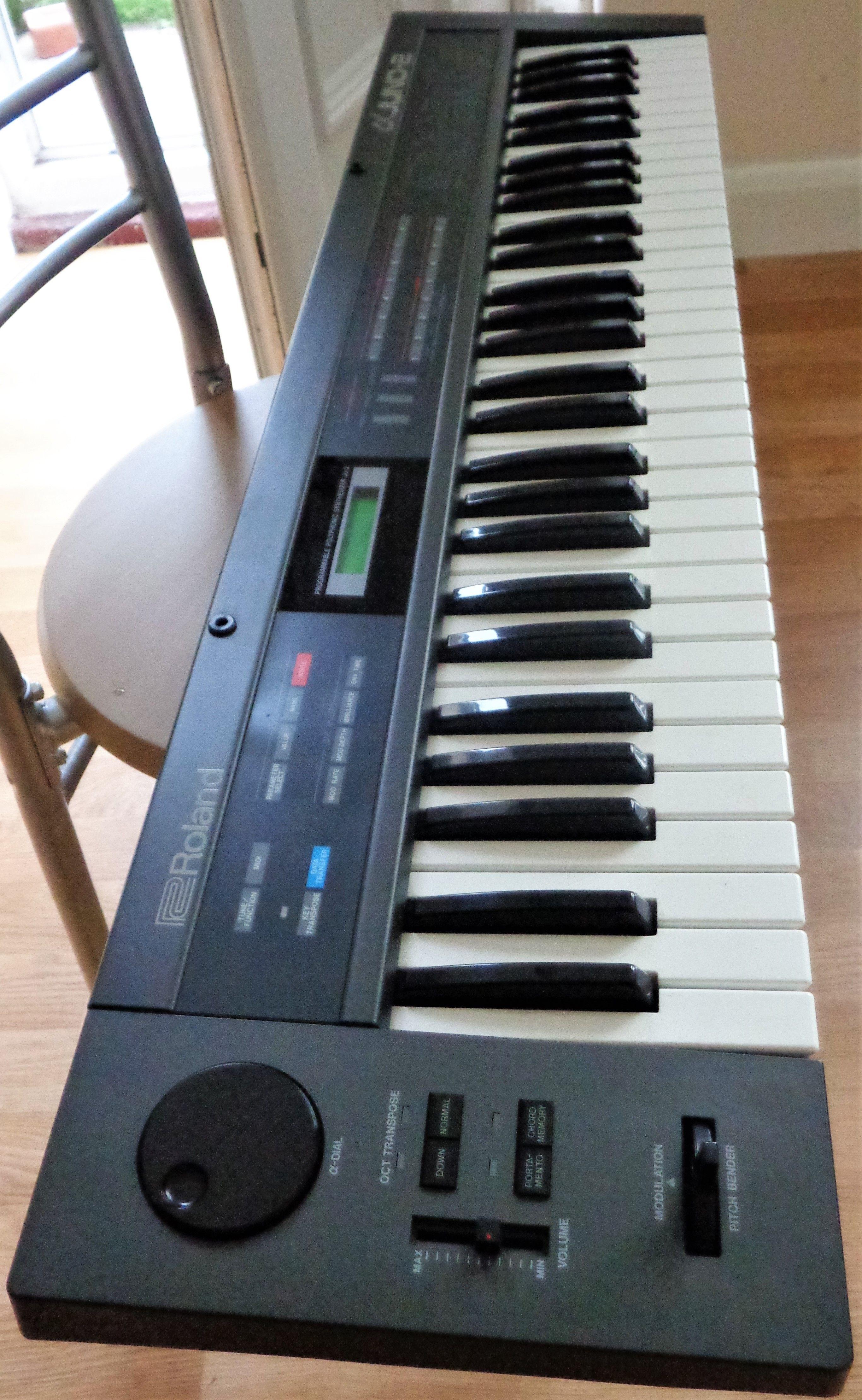 ROLAND ALPHA JUNO 2 | Mr Enigmagg in 2019 | Keyboard, Office phone