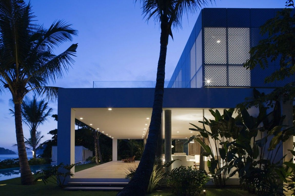 Iporanga House by Isay Weinfeld | HomeDSGN | Tropical Architecture ...