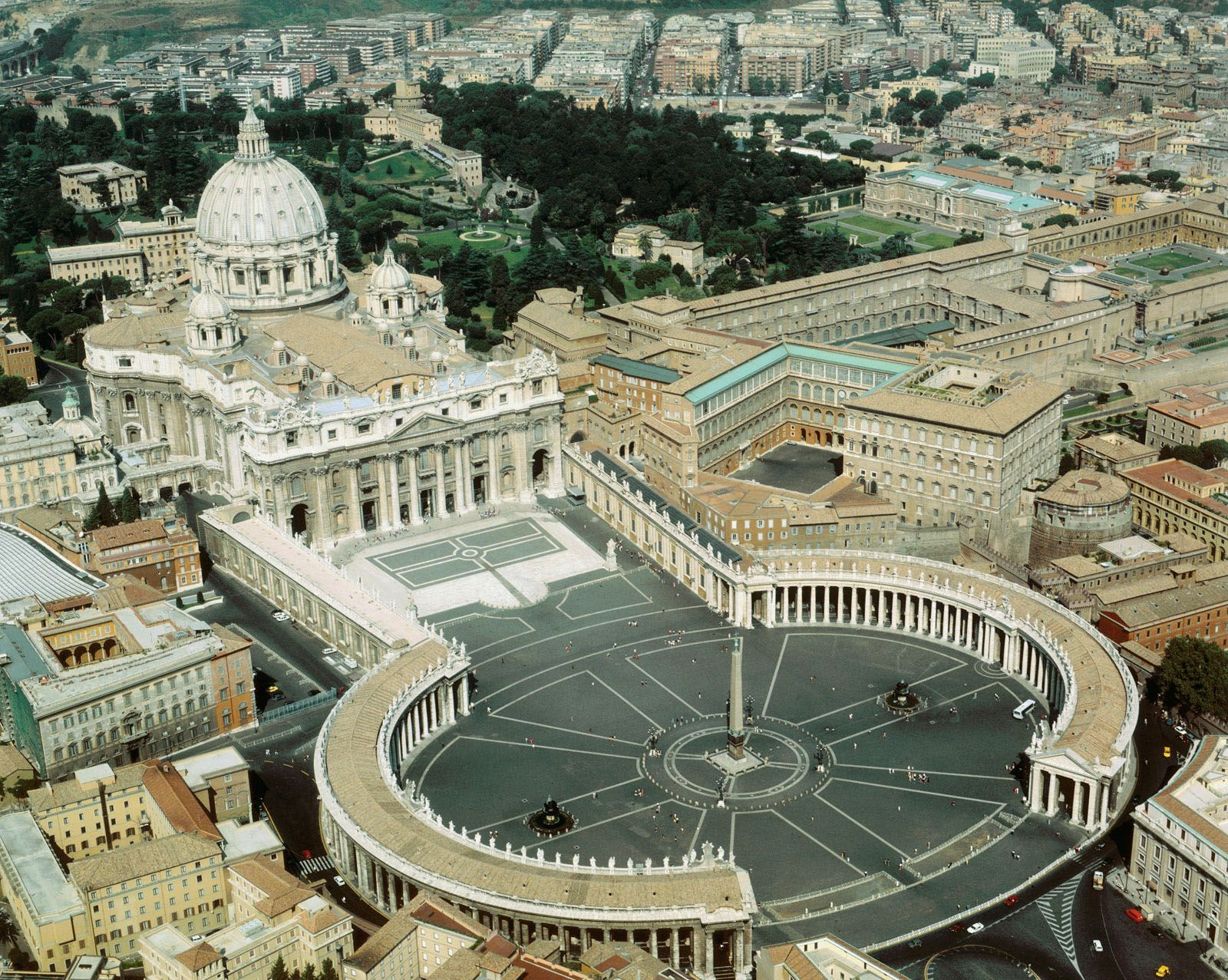Inside Vatican City And The Renaissance Architecture Of The Holy See Idesignarch Interior Design Architecture Interior Decorating Emagazine St Peters Basilica Saint Peter Square Vatican