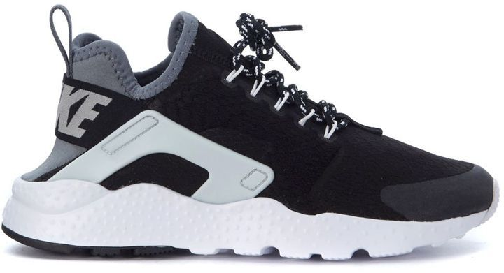79d8726cddcf59 Sneaker Nike Air Huarache Ultra Se In Tessuto Nero E Grigio  nike  air   huarache  fashion  shoes  sneakers  trend  outfit  trendway  sneakerhead