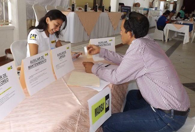 Feria del Empleo en Iguala ofertan 280 vacantes - http://www.notimundo.com.mx/estados/feria-empleo-iguala-vacantes/