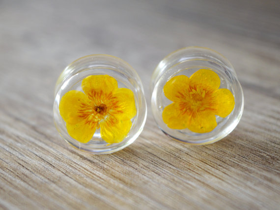 13/16 20mm yellow flower plugs real floral by JEWELRYandPLEASURE