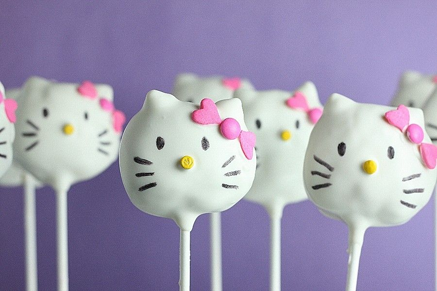 hello kitty cake pops - photo #11