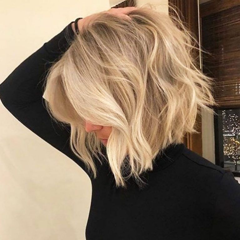 A Short Blonde Hairstyle Is The Perfect Fresh New Look For 2020 If You Re Looking For Something In 2020 Thick Hair Styles Hair Styles Short Hairstyles For Thick Hair