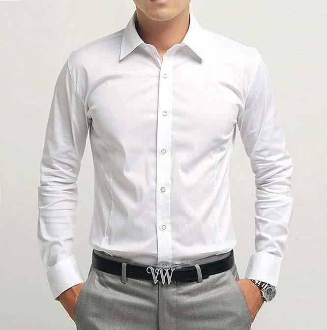 a836484c8a Essa é a principal referência para os padrinhos. Camisa social branca e  calça cinza clara.