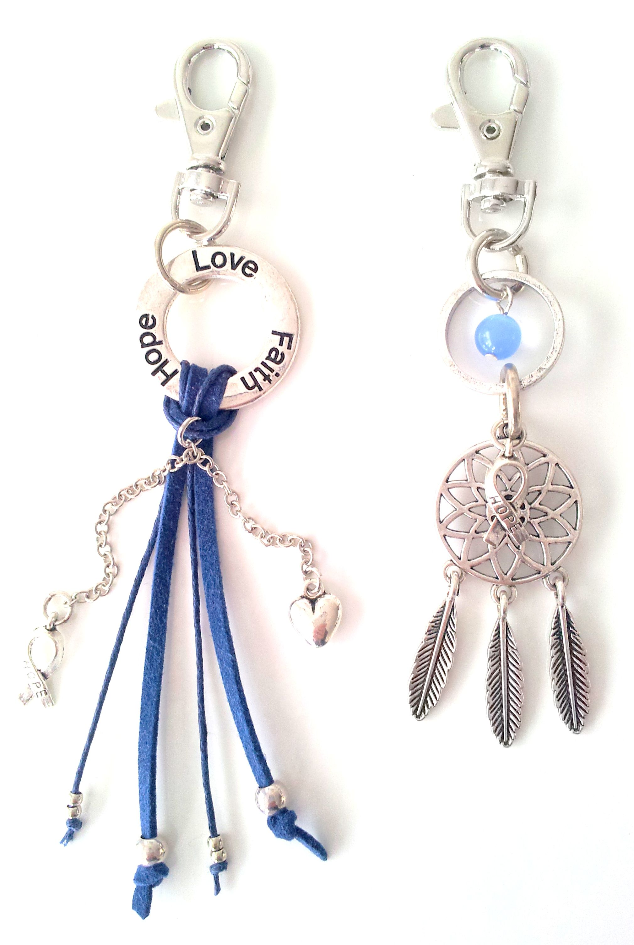 Hope Love Faith Silver & Blue sleutelhanger & Love Dreamcatcher Silver & Blue sleutelhanger voor Pink Ribbon € 14,95 per stuk -> Jewellicious Designs doneert € 2,03 per sleutelhanger aan Pink Ribbon.